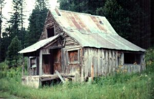 <b>General Store</b><br> The old store from Nogals glory days.