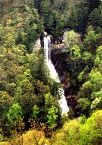 <b>Side Shot Of The Falls</b>