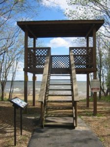 <b>Viewing Platform</b><br> One of two viewing platforms in the park. This one looks out to Grand Lake.