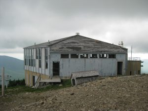 <b>Summit Building</b><br> This old building is near the summit and is badly need of some repairs.